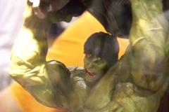 Hulk Statue (2)