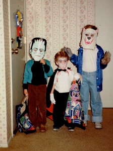 That's me on the right, with my brothers, circa 1989.